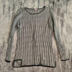 Beautiful tunic sweater
